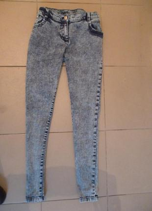 Новы джинси, штани