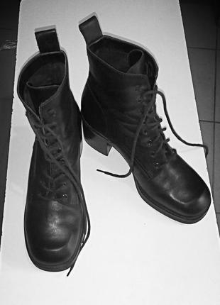 Весняні черевики від nine west