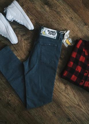 Серые джинсы monkee genes