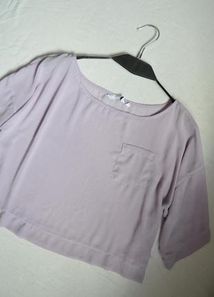 Нежнейшая лавандовая укороченная блуза в стиле оверсайз