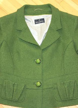 Брендовый стильный шерстяной пиджак