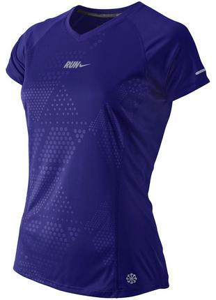 Легкая спортивная футболка nike dri-fit