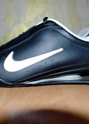 Кожаные кроссовки nike найк . оригинал.размер 38,5