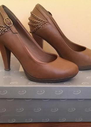 Туфлі h&m
