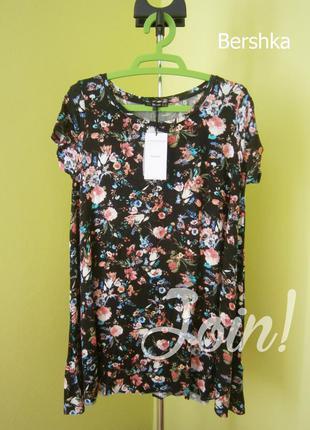 Длинная черная туника футболка в цветочек bershka l