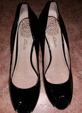 Туфли от clarks