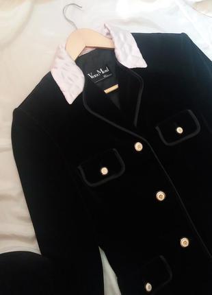 Велюровый пиджак, размер m- l, франция, с контрастным стеганным воротником и окантовкой