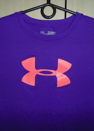 Фирменная женская футболка under armour