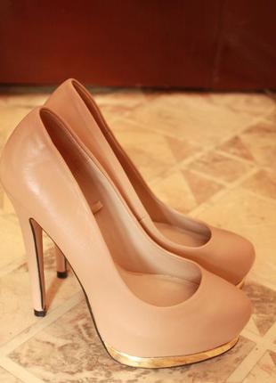 Туфли классические от zara