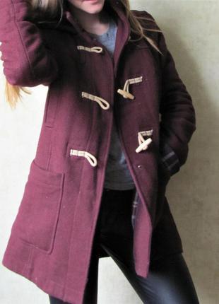 Пальто дафлкот на весну марсала
