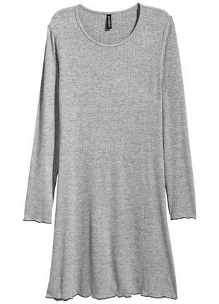 Трикотажное платье h&m  р. 38-40(евр)