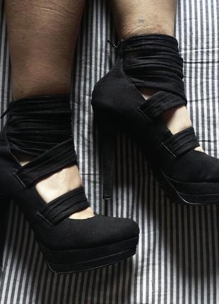 Продаю туфли asos