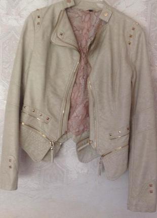 Крутая косуха giacca da donna