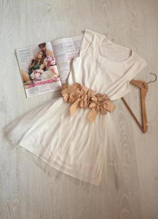 Белое легкое платье с обалденным поясом