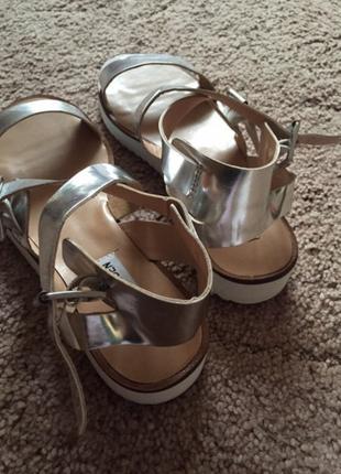 Классные босоножки,туфли,guess,steve madden,босоніжки,сандали