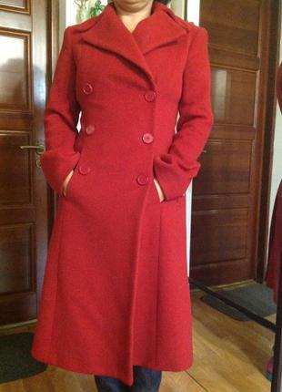 Отличное пальто zara