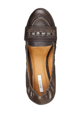 Шикарні шкіряні туфельки-лофери geox, італія-оригінал
