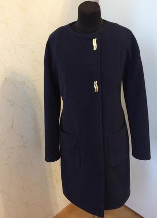 Красивое кашемировое пальто от бренда alisa line