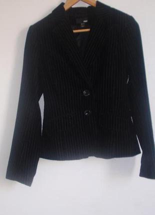 Стильный пиджак на подкладке