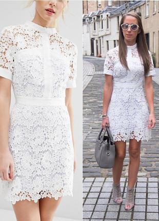 Asos короткое приталенное кружевное платье с контрастной подкладкой