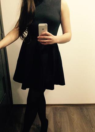Новое коктейльное платье беби-долл черное