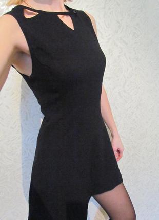 Платье фирменное черное vera&lucy