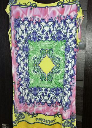 Цветастое платье-туника sweet miss на 48-50