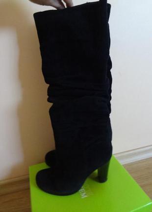 Зимові замшеві чоботи