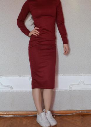 Крутое платье миди винного цвета