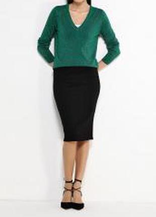 Пуловер с v - образным вырезом