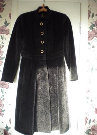 Шикарное меховое пальто