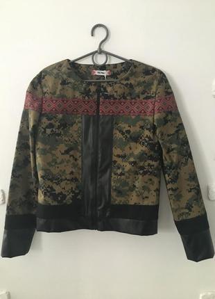 Куртка лёгкая / бомбер / ветровка