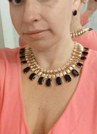 Красивый гарнитур, ожерелье, серьги клеопатра.