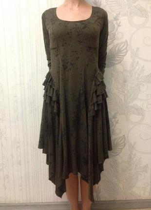 Платье миди углы цвет хаки с рюшами