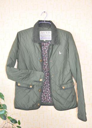 Зелёная стёганная куртка от jack wills