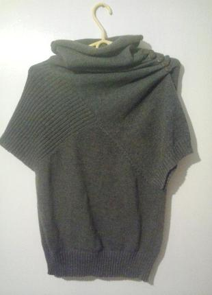 Серый вязанный свитер-безрукавка, как у zara