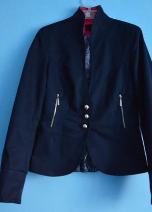 Темно-синій піджак