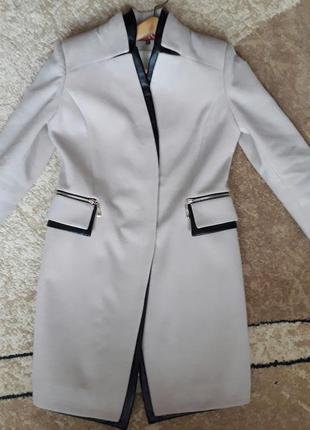 Женское пальто на весну/осень