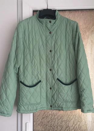Фірмова куртка
