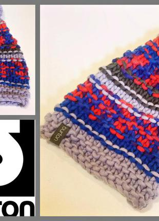 Фирменная теплая вязанная шапка