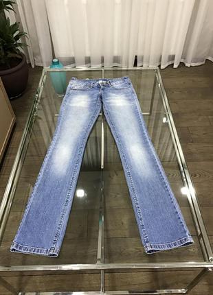 Джинсы mango jeans