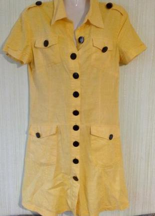 Платье бренд devile, желтого цвета с пуговицами черного цвета. раз.46-48