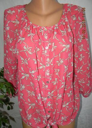 Яркая шифоновая блуза с принтом бантики m&co