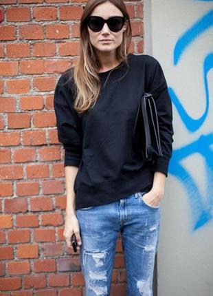 Черный джемпер, свитер
