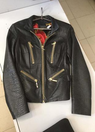 Куртка кожаная италия размер 42-44 новая mir&michci