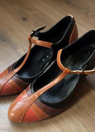 Туфли на среднем каблуке promod