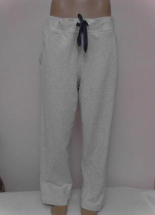 Спортивные или домашние брюки на завязках