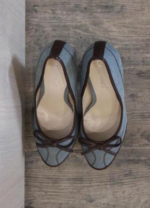 Новые туфли удобный каблук