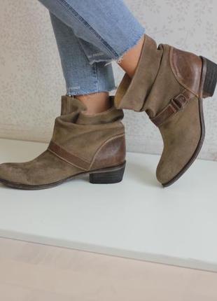 Замшевые ботинки полусапожки, натуральная кожа и замша, бренд catwalk