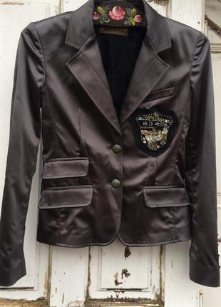 Модный,крутой,имиджевый  пиджак galliano